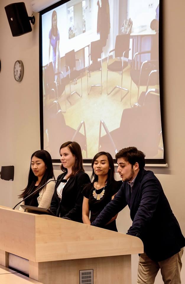 Maastricht University PREMIUM mid term presentations
